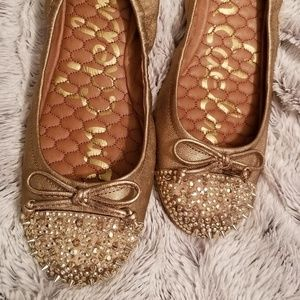 Sam Edelman gold flats with studded toe/size 8.5